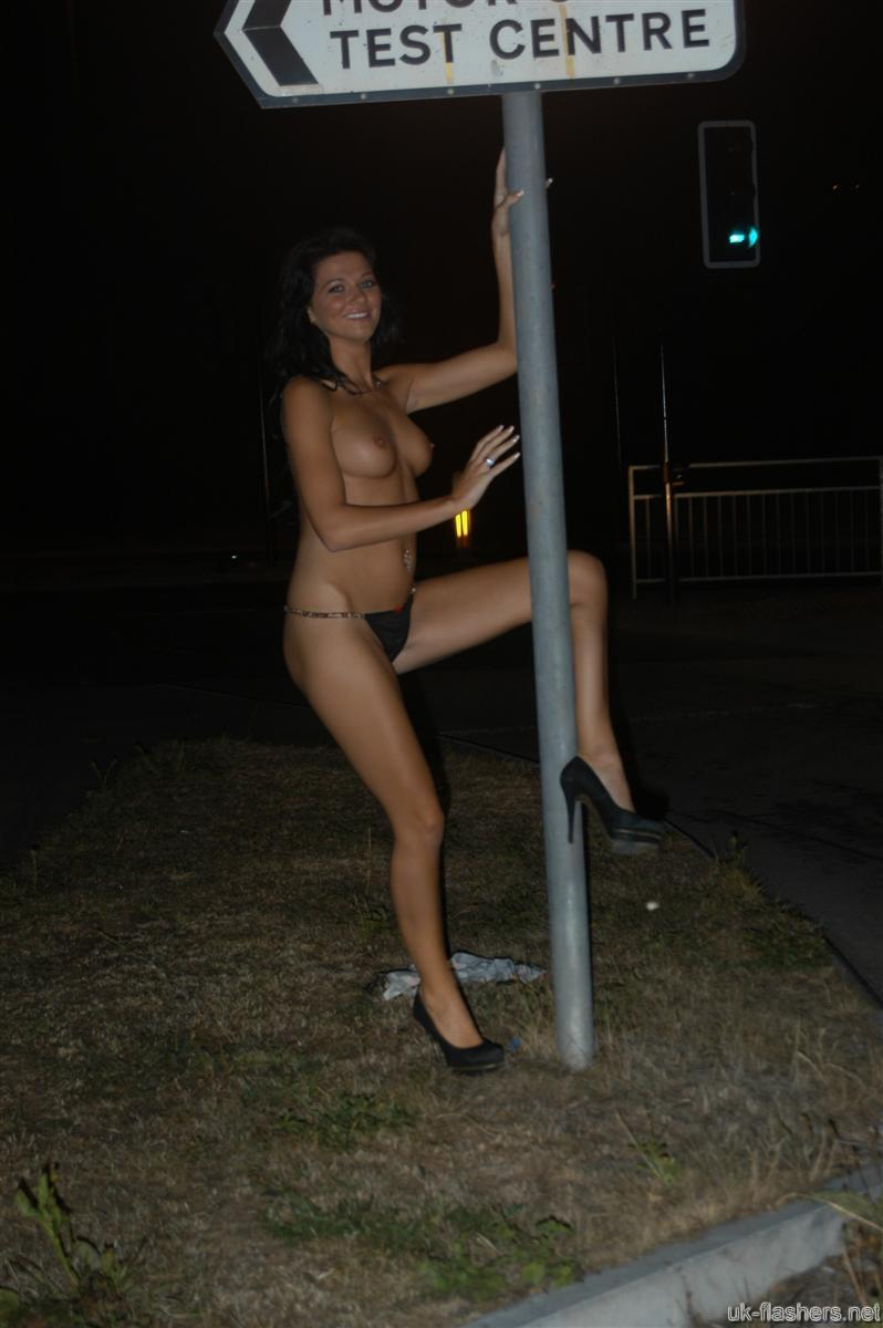 nude babes dancing on road